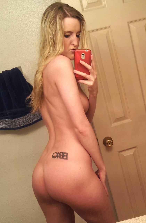 http://www.sextingpics.com/wp-content/uploads/2017/03/img_2048-copy.jpg