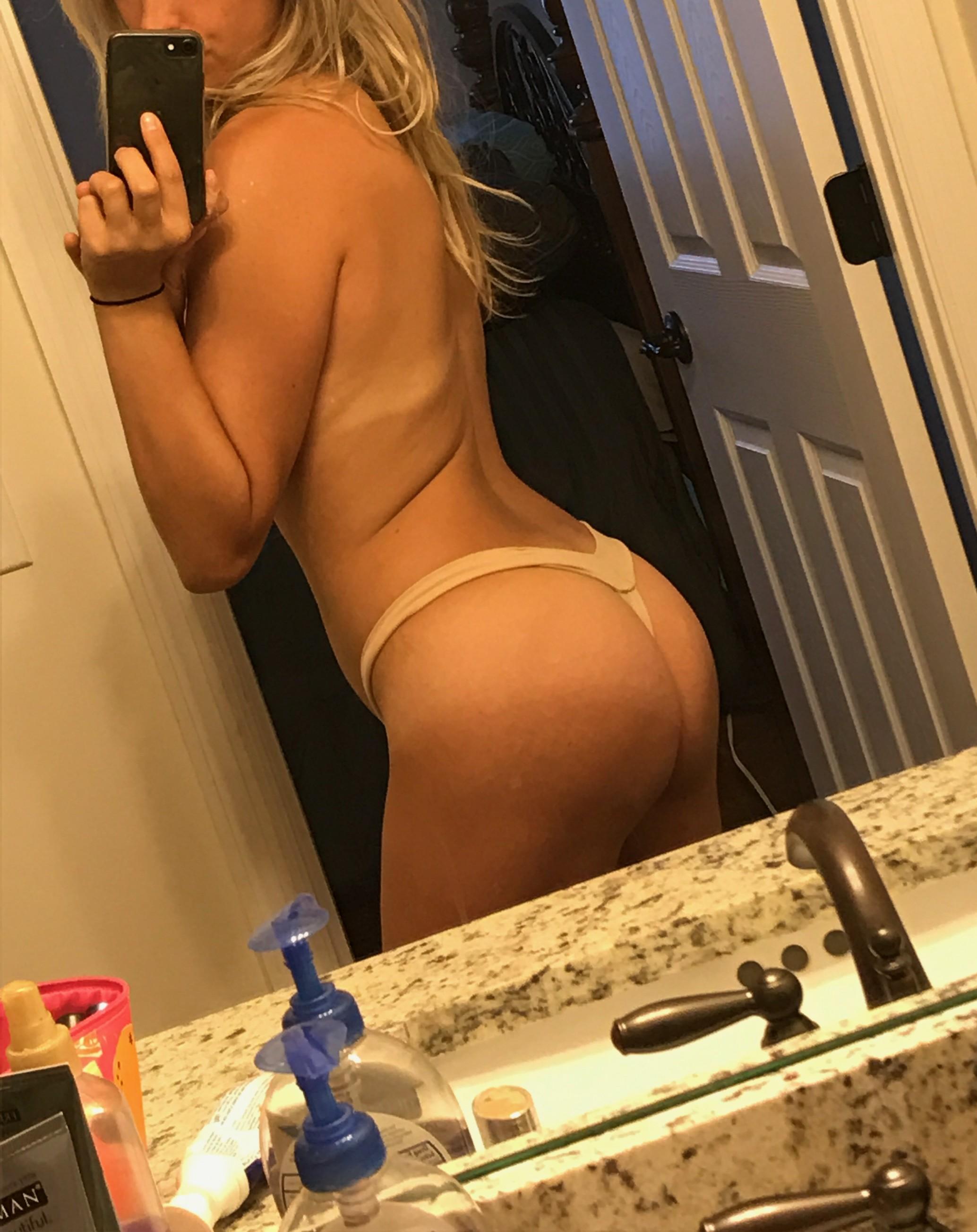http://www.sextingpics.com/wp-content/uploads/2017/05/img_3488.jpg