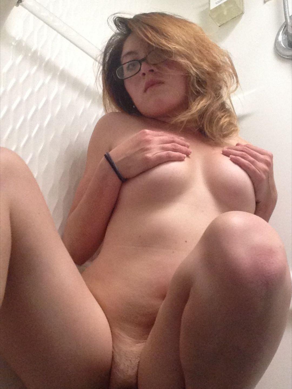 http://www.sextingpics.com/wp-content/uploads/2017/05/media_HsWxjg_78d926b57c6ad2911589615d0bcae080-1080x1440.jpg