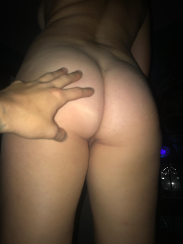 http://www.sextingpics.com/wp-content/uploads/2017/09/media_4XDjma_cdab62fccc5c73a9feec71c72b086cc9.jpg